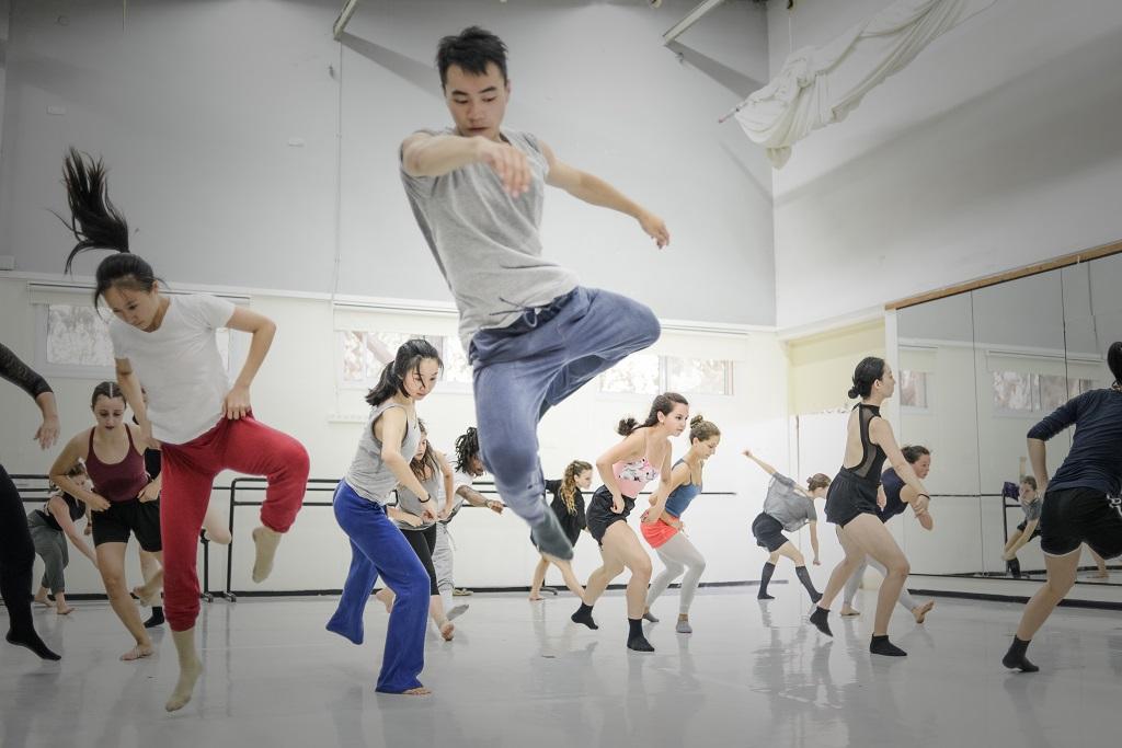 summer-intensive-dance-program-kibbutz-contemporary-dance-company-slideshow-003