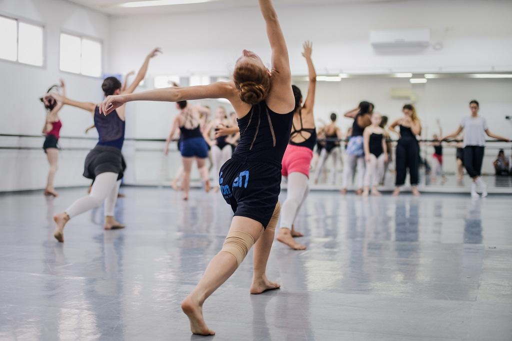 summer-intensive-dance-program-kibbutz-contemporary-dance-company-slideshow-013