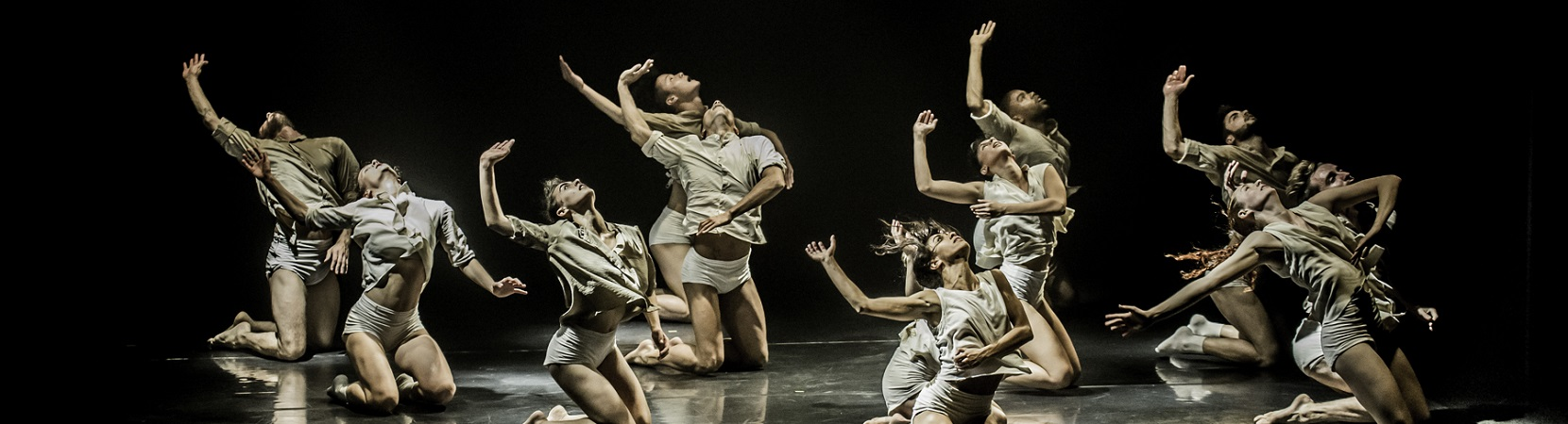 Horses-in-the-Sky-by-Rami-Beer-Kibbutz-Contemporray-Dance-Company-The-Best-Dance-Company-Homepage-Slider-001-1