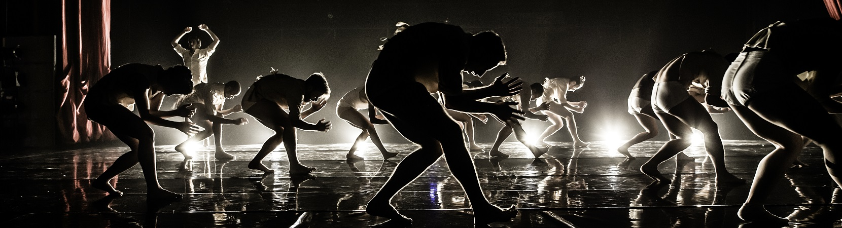 Horses-in-the-Sky-by-Rami-Beer-Kibbutz-Contemporray-Dance-Company-The-Best-Dance-Company-Homepage-Slider-004