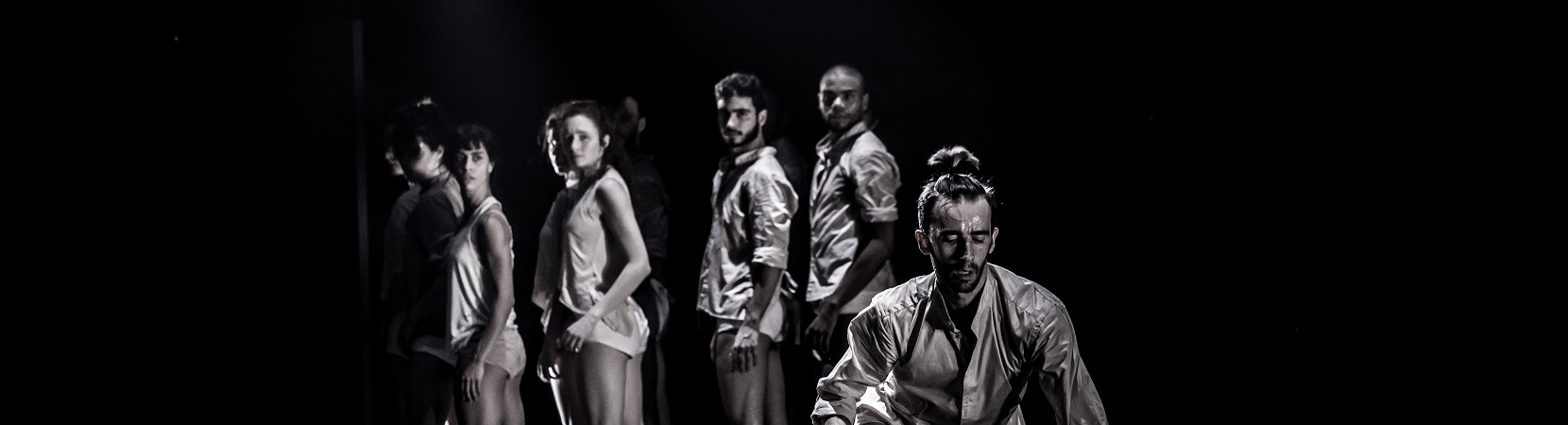 Horses-in-the-Sky-by-Rami-Beer-Kibbutz-Contemporray-Dance-Company-The-Best-Dance-Company-Homepage-Slider-005