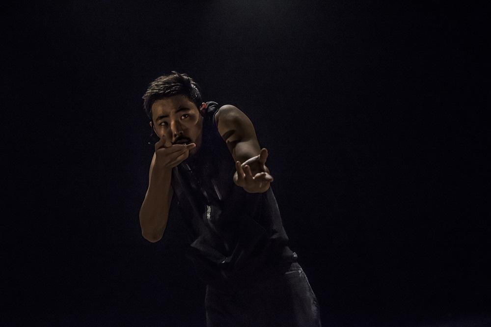 Asylum by Rami Be'er – Kibbutz Contemporary Dance Comapny – Slideshow 005