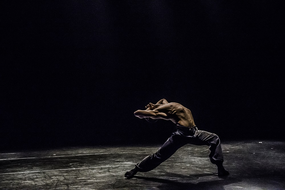 Asylum by Rami Be'er – Kibbutz Contemporary Dance Comapny – Slideshow 006