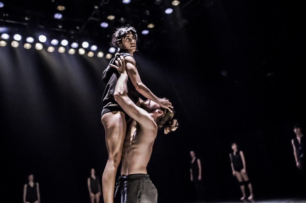 Asylum by Rami Be'er – Kibbutz Contemporary Dance Comapny – Slideshow 009